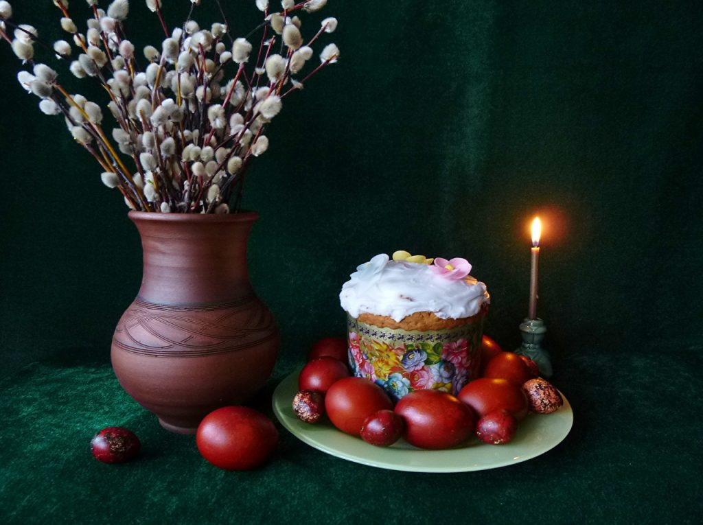 Holidays_Easter_Still-life_Kulich_Candles_Branches_544288_1280x956